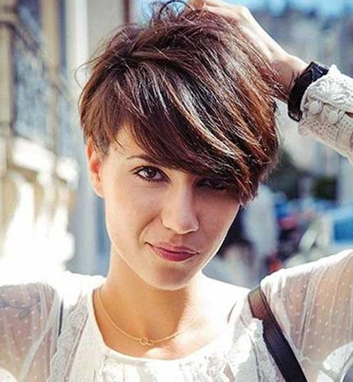 Featured Photo of Stylish Pixie Haircuts