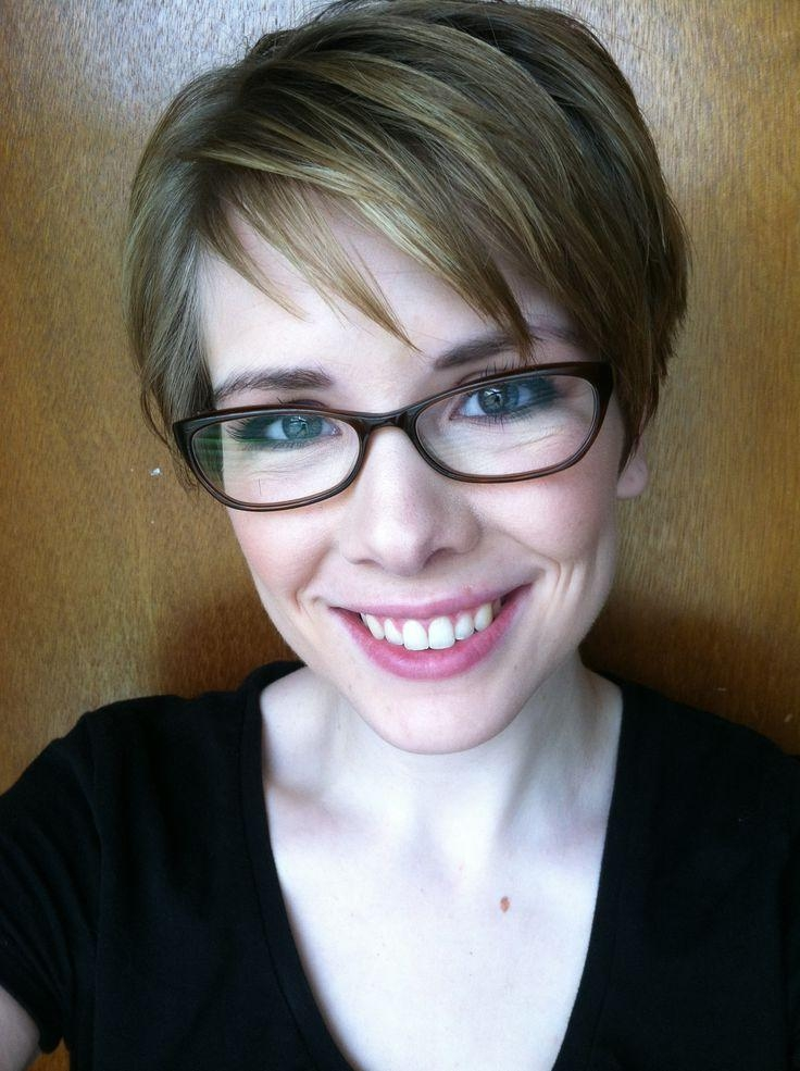 203 Best Glasses Hairstyles I Love :) <3 Images On Pinterest With Well Known Pixie Haircuts With Glasses (View 2 of 20)