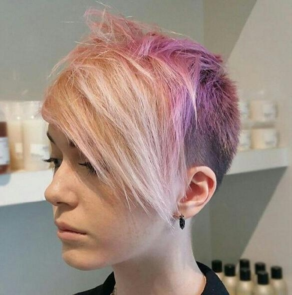 22 Trendy Short Haircut Ideas For 2018: Straight, Curly Hair For Newest Pixie Haircuts With Shaved Sides (View 2 of 20)