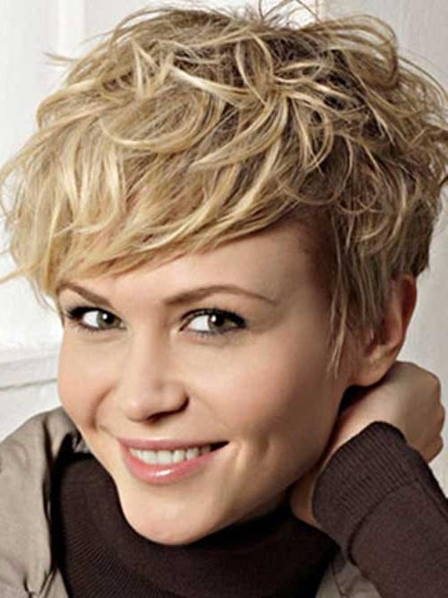 25+ Short Wavy Pixie Hairstyles (View 3 of 20)