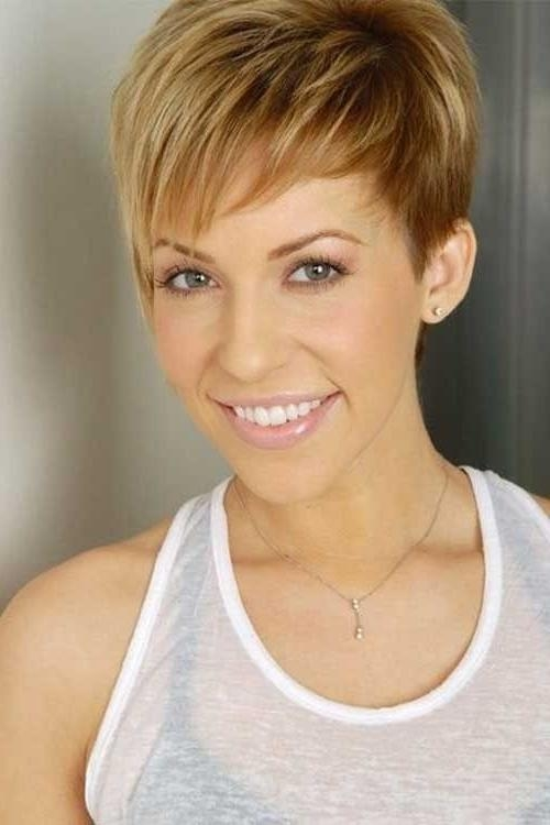 26 Best Short Haircuts For Long Face – Popular Haircuts For Well Known Easy Pixie Haircuts (View 12 of 20)