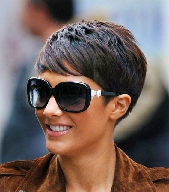 30 Hottest Pixie Haircuts 2018 – Classic To Edgy Pixie Hairstyles Regarding Well Known Classic Pixie Haircuts (View 5 of 20)