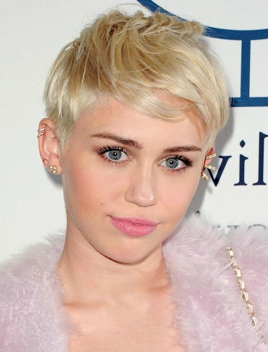 31 Stylish Miley Cyrus' Hairstyles & Haircut Ideas For You To Try With Regard To Trendy Miley Cyrus Pixie Haircuts (View 3 of 20)