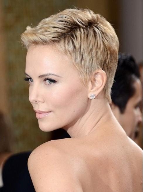 35 Summer Hairstyles For Short Hair – Popular Haircuts With Regard To Most Recently Released Tapered Pixie Haircuts (View 7 of 20)