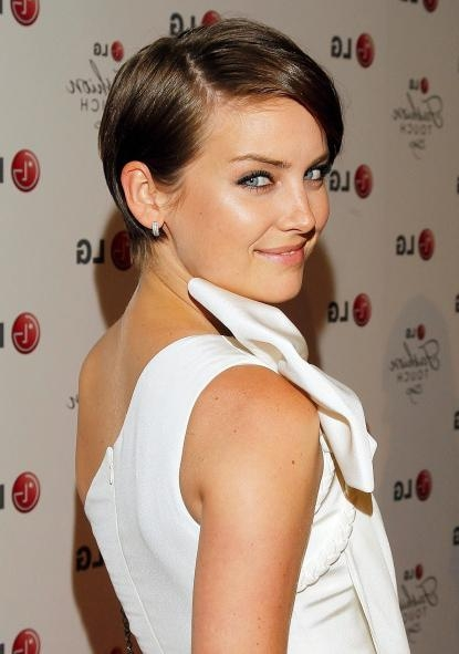 Amara Blogs }: Hair Tutorials Throughout Newest Jessica Stroup Pixie Haircuts (View 16 of 20)