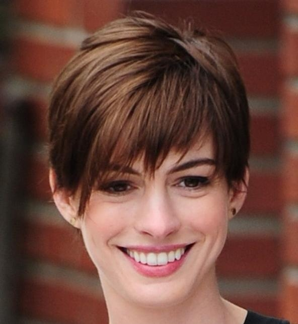 Best And Newest Short Pixie Haircuts For Oval Faces Regarding Pixie Haircuts For Your Face Shape  (View 9 of 20)