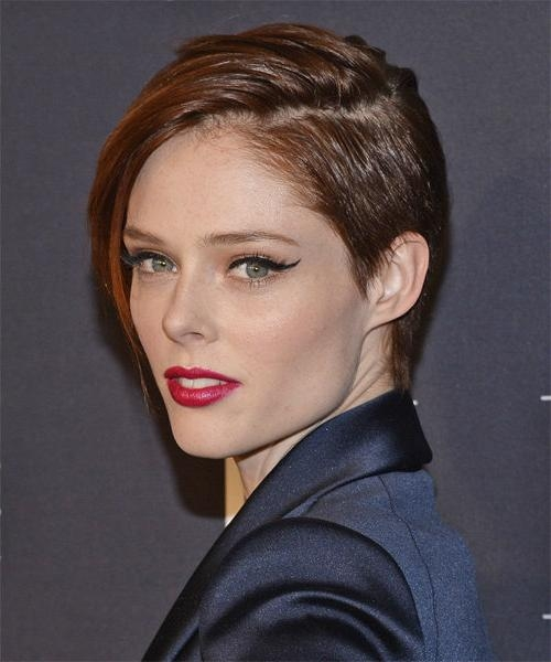 Coco Rocha Fierce Pixie Haircuts That Looks Very Cool For Oval Intended For Famous Pixie Haircuts For Oval Face Shape (View 5 of 20)