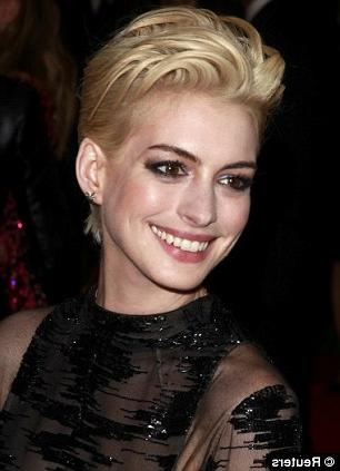 Current Miley Cyrus Pixie Haircuts In Pixie Haircut' Trendsetters Jennifer Lawrence And Pamela Anderson (View 5 of 20)