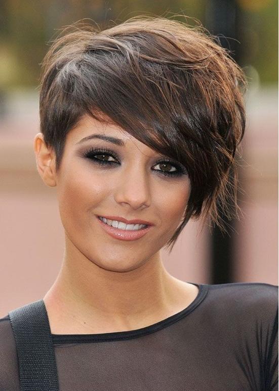 Cute Pixie Haircut: Frankie Sandford Hair – Popular Haircuts In Latest Hot Pixie Haircuts (View 6 of 20)