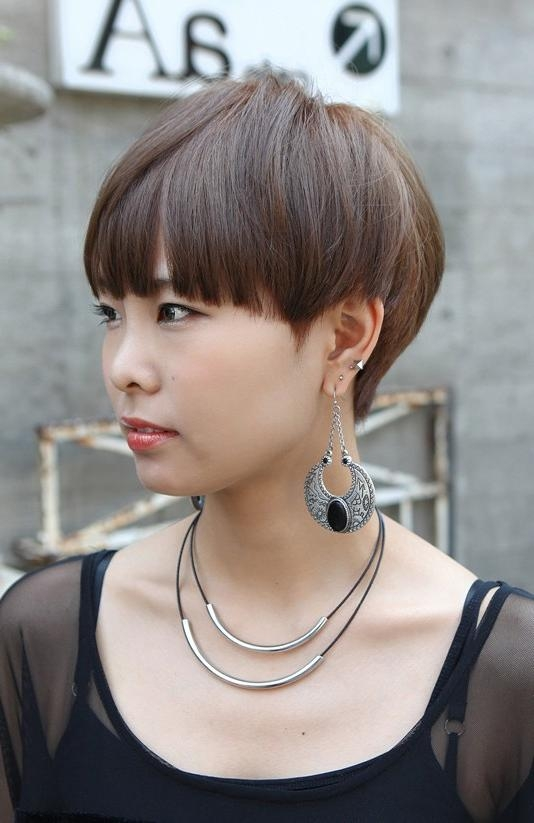 Fashionable Blunt Pixie Haircuts For Boyish Short Haircut With Blunt Bangs – Asian Hairstyles  (View 6 of 20)