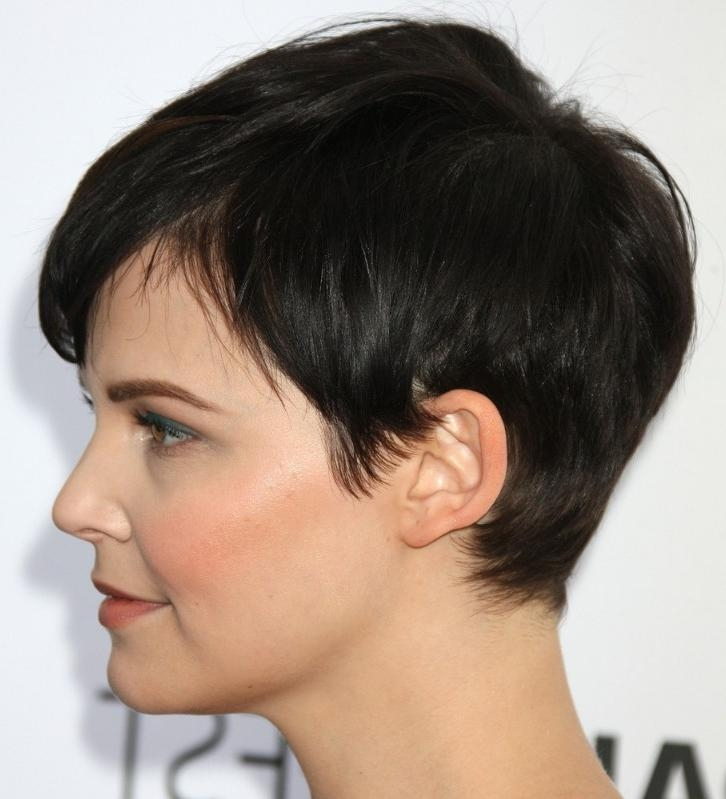 Fashionable Pixie Haircuts For Asian Round Face In 55 Super Hot Short Hairstyles 2017 – Layers, Cool Colors, Curls, Bangs (View 8 of 20)