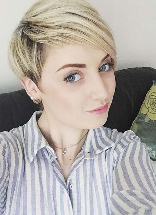 Fashionable Pixie Haircuts Styles For Thin Hair Pertaining To 55 Short Hairstyles For Women With Thin Hair (View 9 of 20)