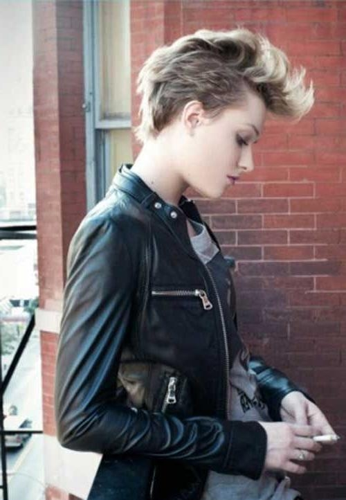 Fashionable Punk Rock Pixie Haircuts For Best 25+ Punk Pixie Haircut Ideas On Pinterest (View 9 of 20)