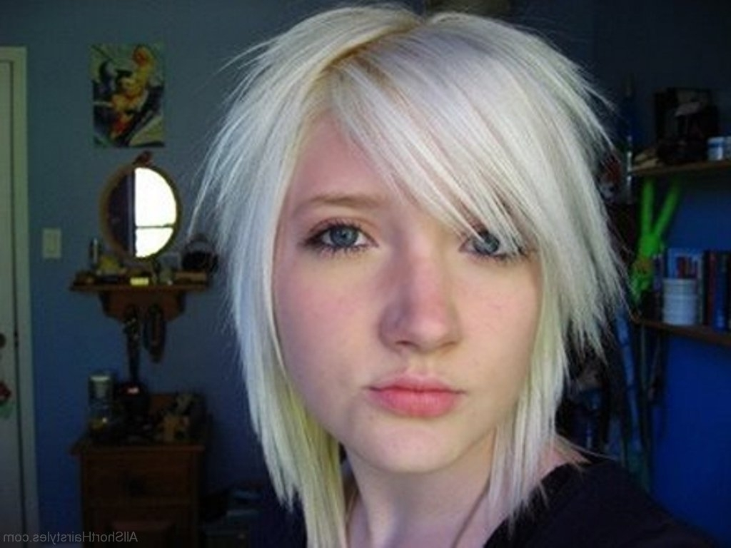 Fashionable Shaggy Emo Hairstyles Intended For 52 Colored Short Emo Hairstyles For Girls (View 3 of 15)