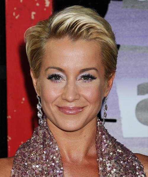Kellie Pickler Hairstyles In 2018 In Popular Kellie Pickler Pixie Haircuts (Gallery 14 of 20)