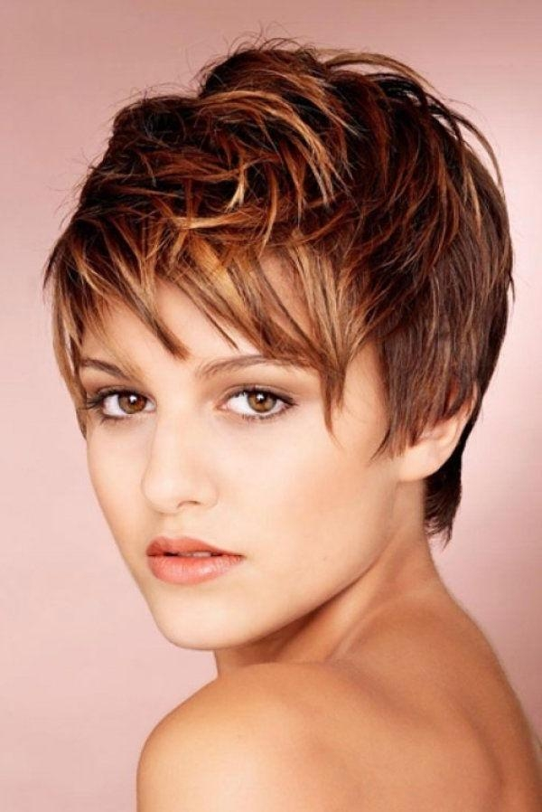 Latest Pixie Haircuts With Highlights Pertaining To Best 25+ Pixie Highlights Ideas On Pinterest (View 7 of 20)