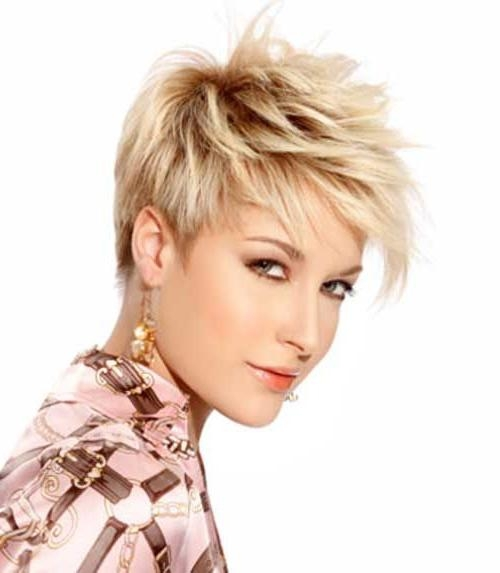 Featured Photo of Razor Cut Pixie Haircuts