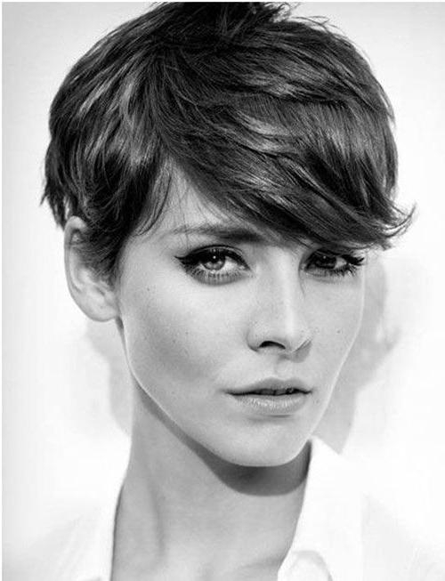 Most Popular Pixie Haircuts For Heart Shaped Faces For 30 Perfect Pixie Haircuts For Chic Short Haired Women (View 2 of 20)