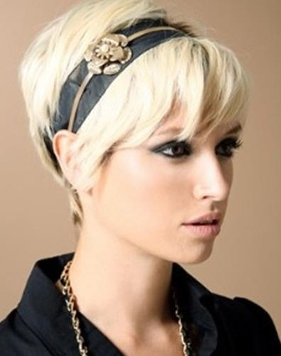 Most Up To Date Cool Pixie Haircuts Intended For Pixie Haircut With Cute Accessories – Popular Haircuts (View 11 of 20)