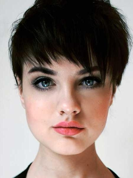 Most Up To Date Pixie Haircuts For Fat Faces Intended For 30 Best Short Hairstyles For Round Faces (View 4 of 20)