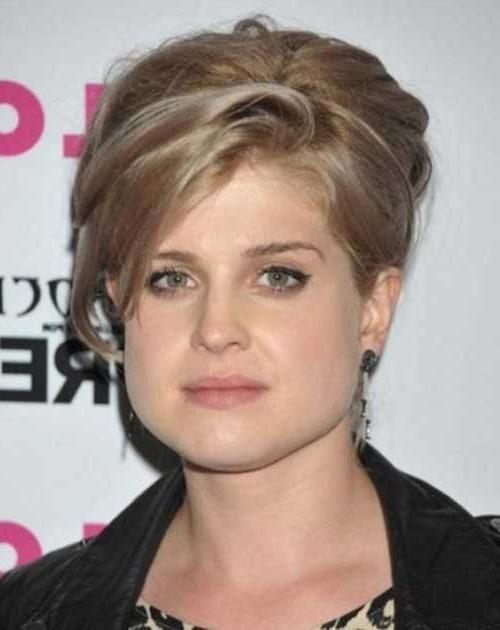 Most Up To Date Pixie Haircuts On Chubby Face Regarding Short Haircuts For Chubby Faces (View 11 of 20)