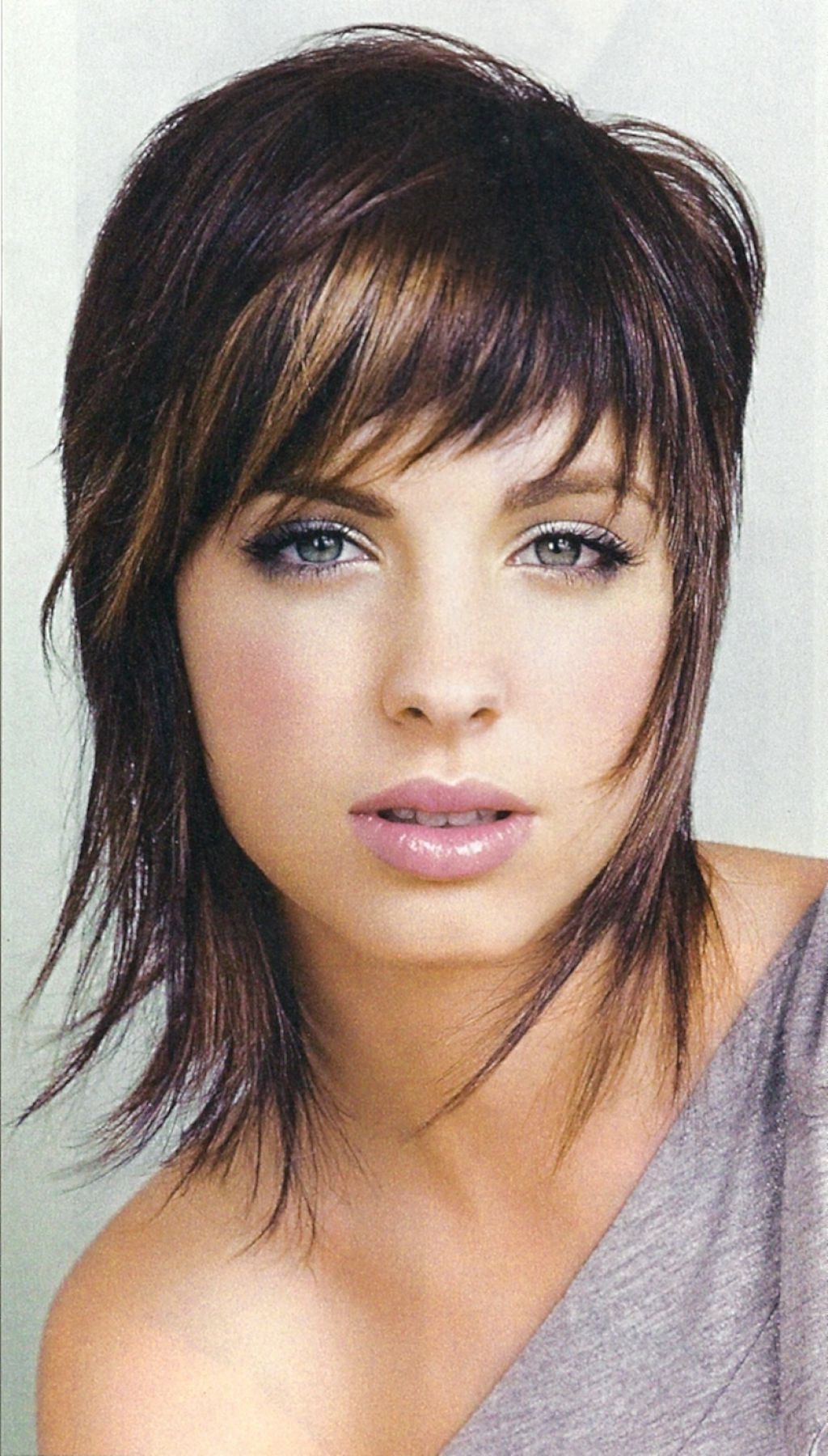 Most Up To Date Shag Hairstyles For Thin Hair Within Medium Shaggy Hairstyle For Fine Hair Medium Shag Hairstyles Women (View 12 of 15)