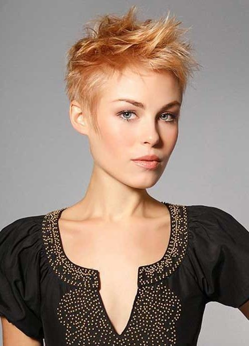 Featured Photo of Short Spiky Pixie Haircuts