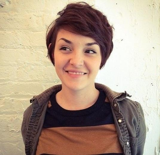 Pixie Cut In Trendy Long Pixie Haircuts For Round Face (View 11 of 20)