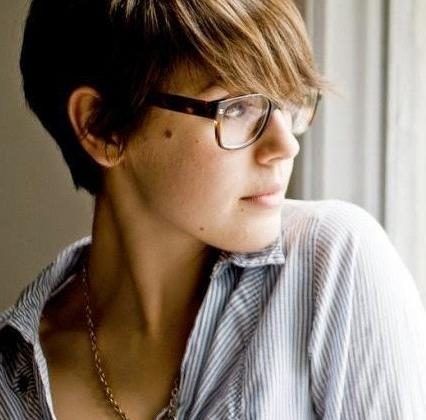 2019 Latest Pixie Haircuts With Glasses