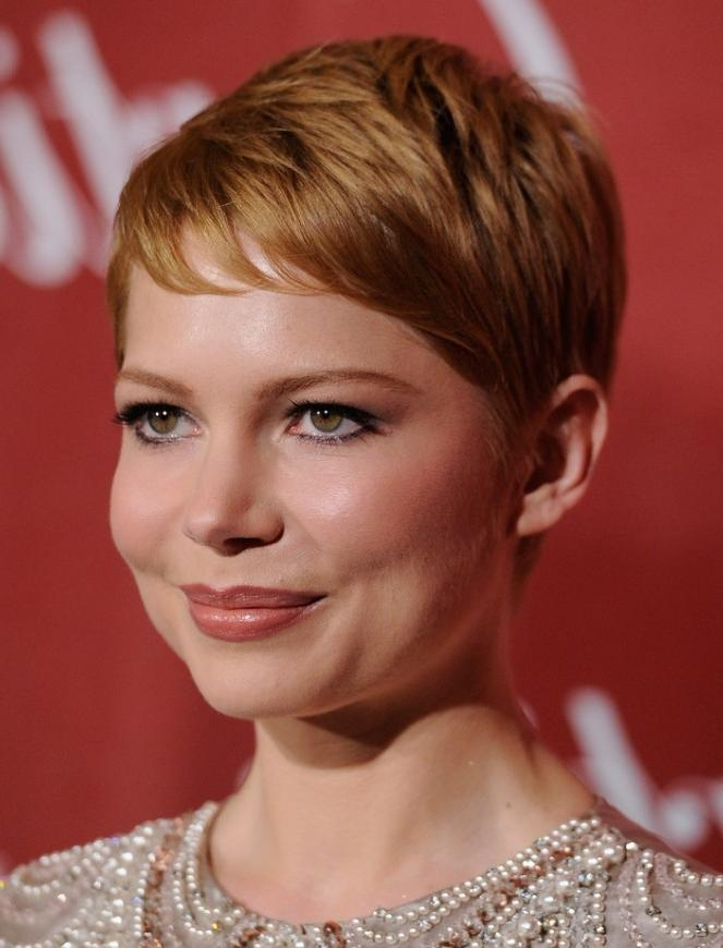 Featured Photo of Women Pixie Haircuts