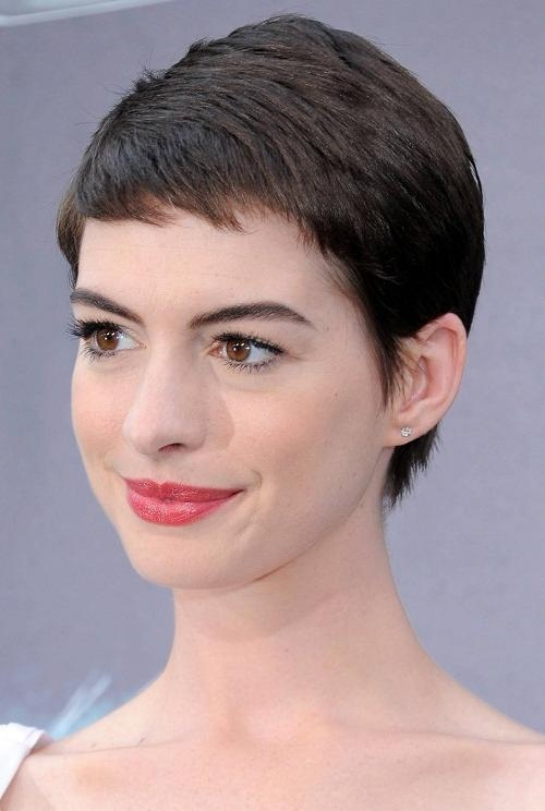 Popular Extremely Short Pixie Haircuts Within Anne Hathaway Super Short Pixie Haircuts – New Hairstyles (View 13 of 20)