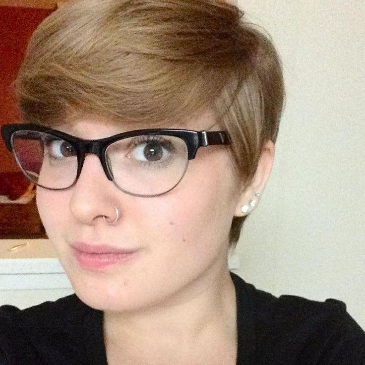 Popular Pixie Haircuts With Glasses With 203 Best Glasses Hairstyles I Love :) <3 Images On Pinterest (View 18 of 20)