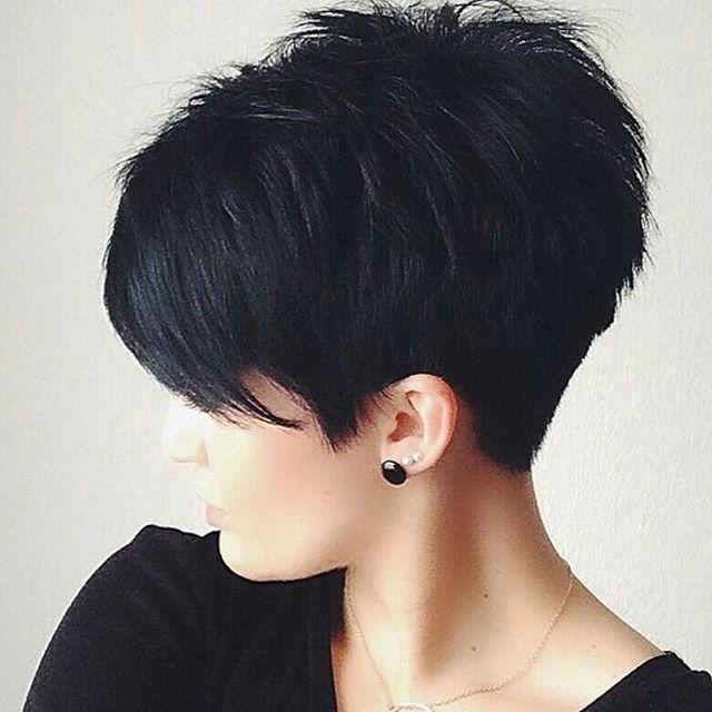 Popular Pixie Haircuts With Stacked Back With Regard To 25 Amazing Short Pixie Haircuts & Long Pixie Cuts For Women  (View 13 of 20)