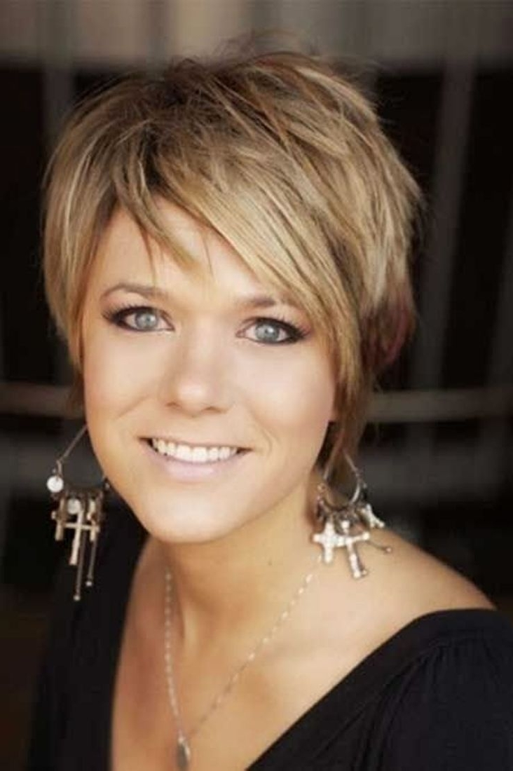 Popular Shaggy Hairstyles For Over 40 Pertaining To 8260 Best Short Hairstyles Images On Pinterest (View 7 of 15)