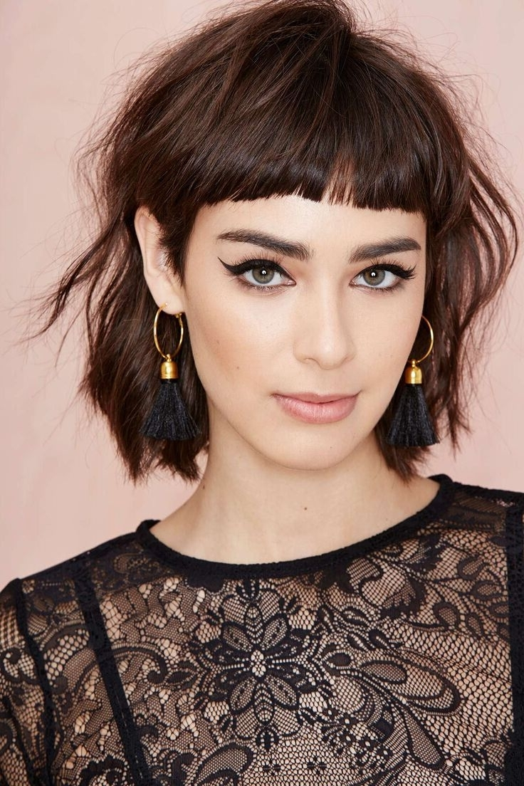 Featured Photo of Short Shaggy Hairstyles With Bangs