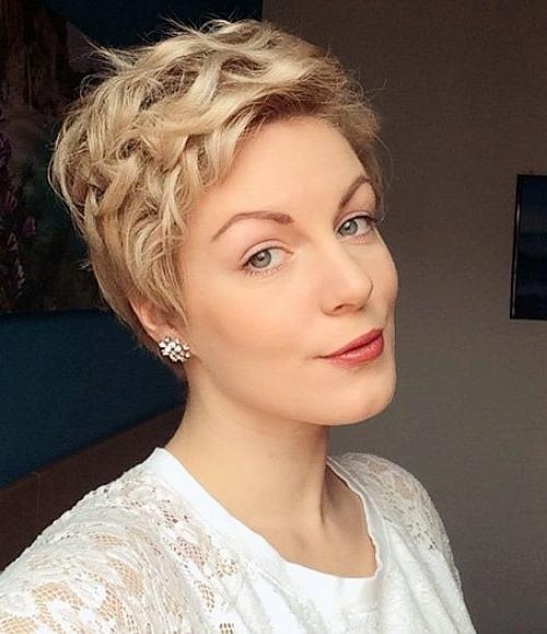 Popular Soft Pixie Haircuts Intended For 40 Hottest Short Wavy, Curly Pixie Haircuts 2018 – Pixie Cuts For (View 12 of 20)