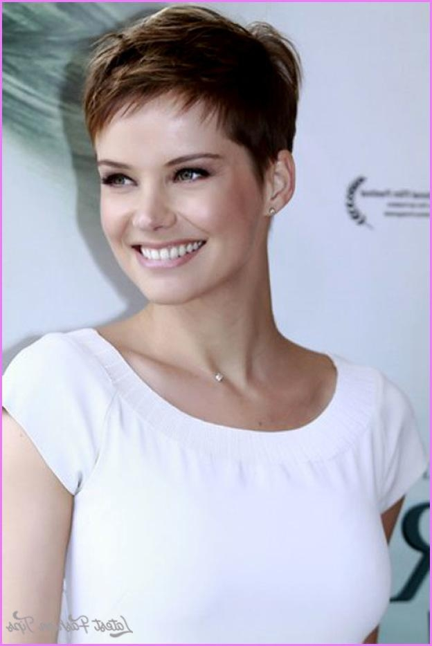 Recent Celebrities Pixie Haircuts With Celebrity Pixie Haircuts 2017 – Latestfashiontips ® (View 18 of 20)