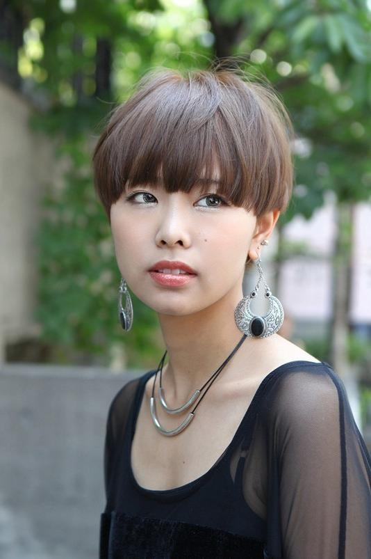 Recent Japanese Pixie Haircuts Throughout Casual Short Japanese Hairstyle With Blunt Bangs – Straight (View 13 of 20)