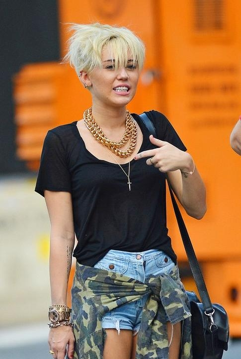 Recent Miley Cyrus Pixie Haircuts In Miley Cyrus New Short Pixie Haircut 2012 – Hairstyles Weekly (View 13 of 20)