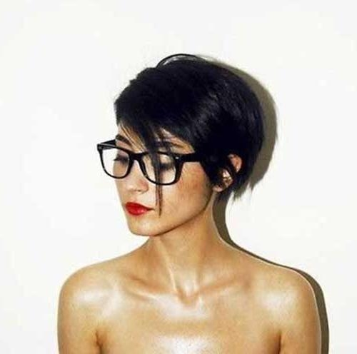 Recent Pixie Haircuts For Dark Hair With Regard To Best 25+ Dark Pixie Cut Ideas On Pinterest (View 13 of 20)