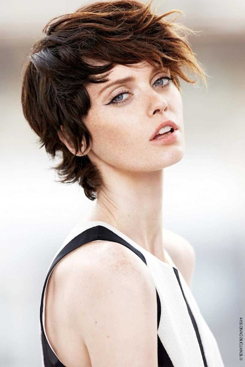 Short Hairstyle Regarding Fashionable Shaggy Textured Hairstyles (View 8 of 15)