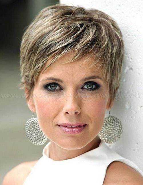 Short Hairstyles For Older Woman With Fine Thin Hair (View 17 of 20)