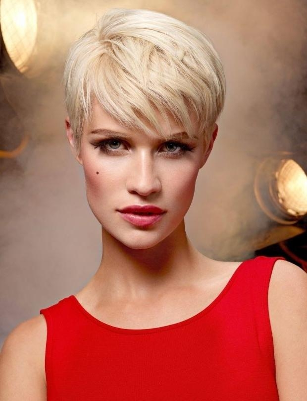 Short Pixie Hairstyle For Long Face Shape Within Preferred Pixie Haircuts For Oval Face Shape (View 17 of 20)