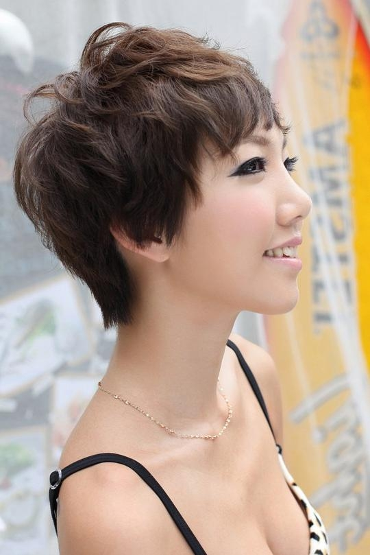 Side View Of Short Pixie Cut – Hairstyles Weekly With Regard To Most Current Japanese Pixie Haircuts (View 16 of 20)