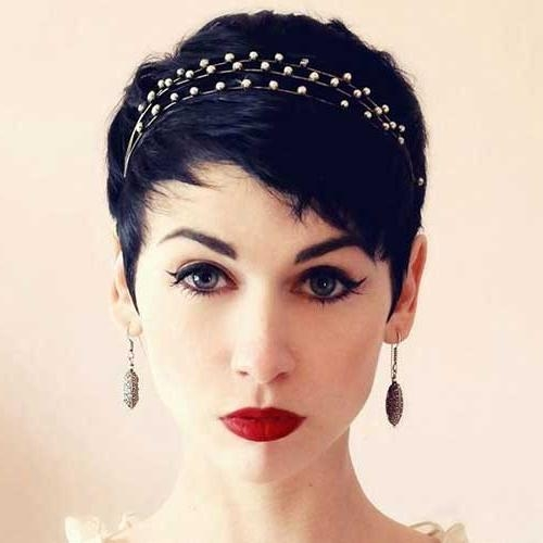 The Best Short Hairstyles Within Fashionable Pixie Haircuts With Headband (View 17 of 20)