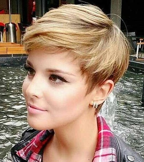 The Pixie Haircut And The Celebrities – Yasminfashions Throughout Most Popular Pixie Haircuts For Women (View 18 of 20)