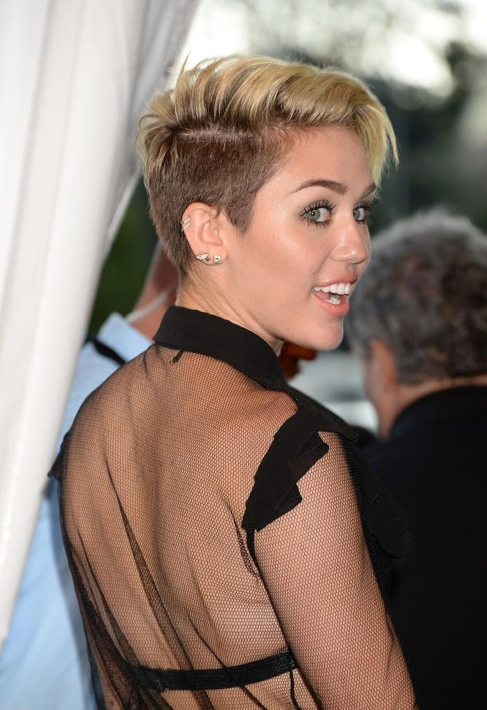 Trendy Miley Cyrus Pixie Haircuts Intended For How To Diy Miley Cyrus' Side Swept Pixie – Hair Ideas – Livingly (View 19 of 20)