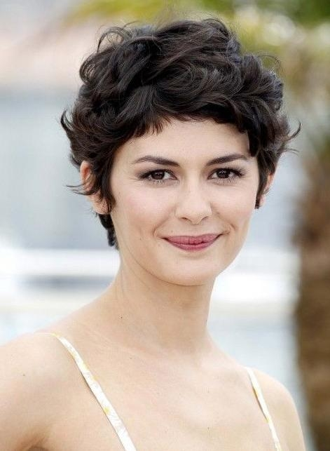 Trendy Pixie Haircuts For Wavy Hair With Regard To 23 Pixie Cuts For Women With Curly Hair (View 16 of 20)