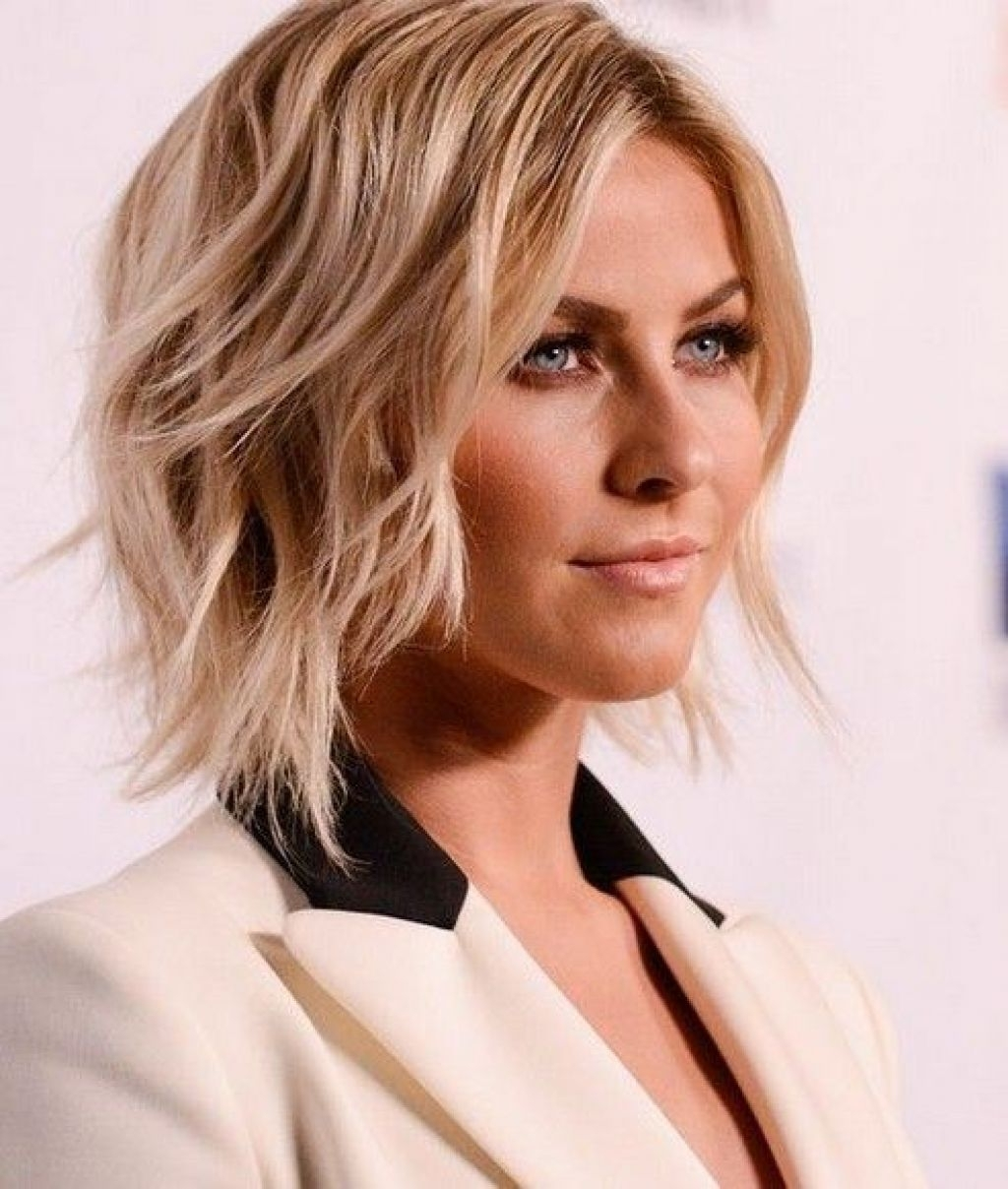 Trendy Shaggy Hairstyles For Round Faces In Wavy Bob Hairstyles For Round Faces Pinterest – Popular Long (View 14 of 15)
