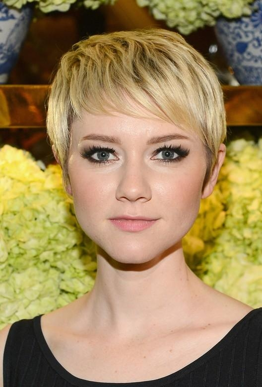 Valorie Curry Cute Short Blonde Pixie Haircut For Girls (View 19 of 20)